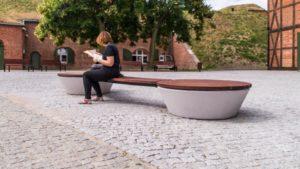 Gdańsk, Centrum Hewelianum – ławy okrągłe