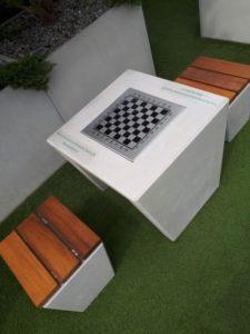 Gdańsk, Centrum handlowe – stół szachowy
