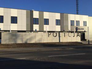 Sierpc, Komenda Policji – płyty ogrodzeniowe