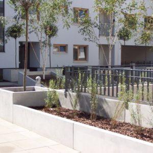 Betonowe ścianki oporowe typu L