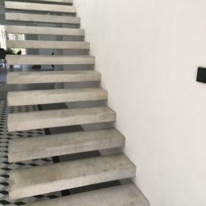 Betonowe stopnie schodowe