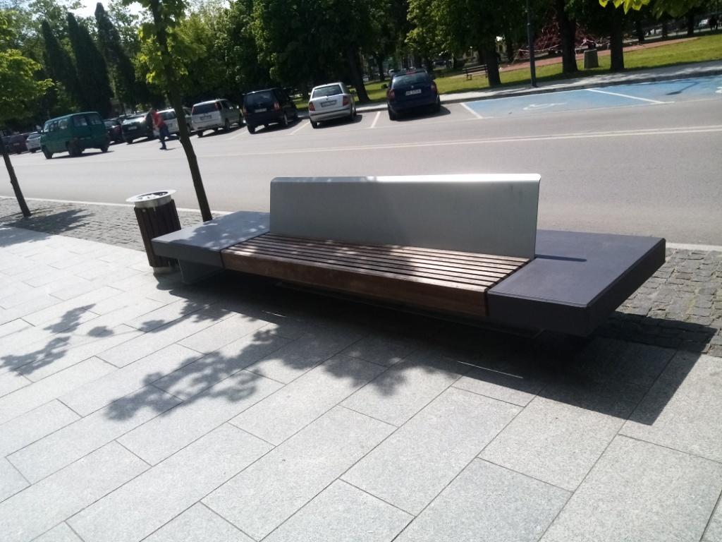 Gołdap, park – ławy