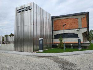 Białystok, Muzeum Pamięci Sybiru – pylony informacyjne